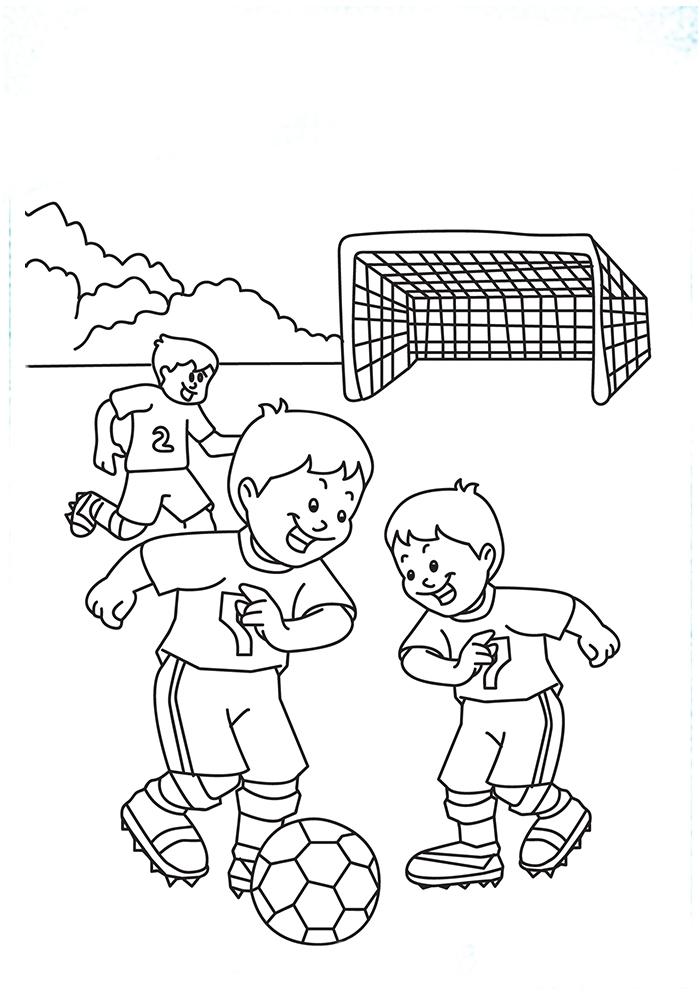 Раскраска Мальчики бьют по мячу