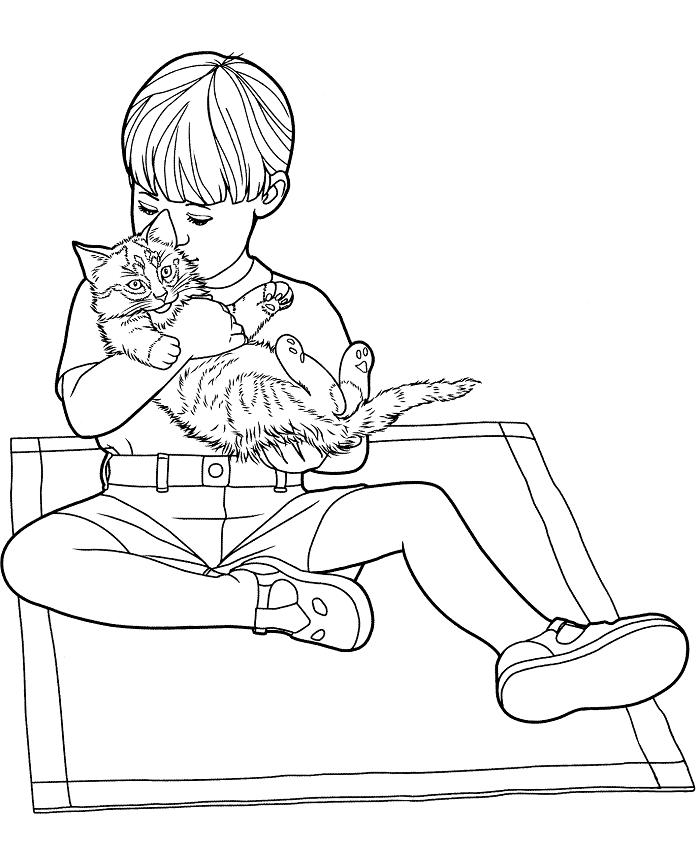 Раскраска Мальчик обнимает кота