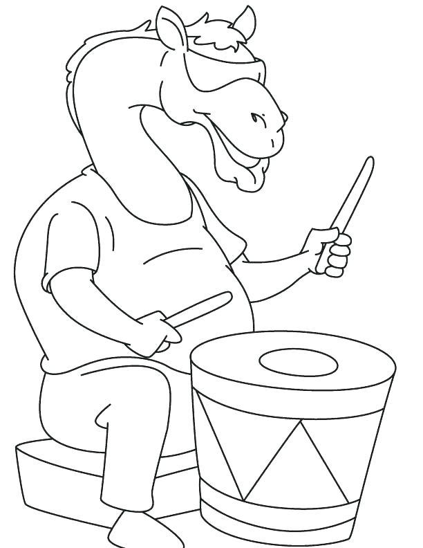 Раскраска верблюд с барабаном