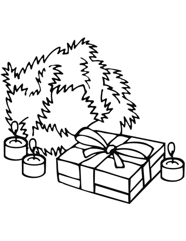 Раскраска Рождественский венок, свечи и подарок